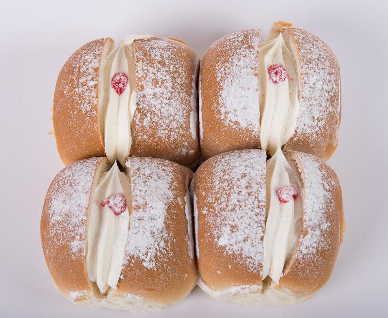 Cream Cookies 4pk