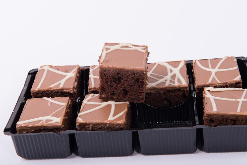 Chocolate Sponge Squares 8pk